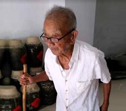 三代传承的老酒坊用酒厂酿酒设备做酒3年破2000万的秘密