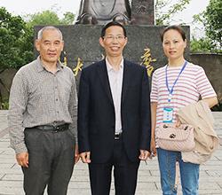 中国地质大学漆教授用大型酿酒设备做窖藏酒,一次预售4000斤