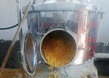 """听说这套神奇的蒸酒设备,能让散装纯粮酒由""""草根""""变""""明星"""""""