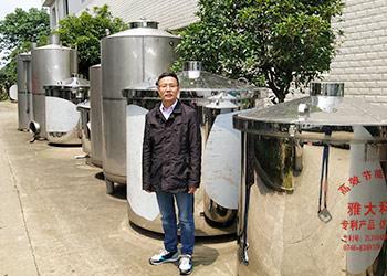 李总为什么放弃瓶装酒代理,改行用白酒酿造设备现蒸现卖?